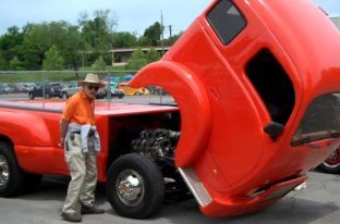 Hot Rod Heavy Duty Trucks #hot #rod #chevy #truck http://kansas-city.remmont.com/hot-rod-heavy-duty-trucks-hot-rod-chevy-truck/  # When hearing the word hot rod, most people usually get images of V-8 powered 32 Ford Coupes, blown 57 Chevys, and T-Bucket Roadsters in their heads. Most people don t get images of heavy duty trucks as many people wouldn t believe that someone would build a hot rod out of one of these classic trucks. We might not have believed it either, if we didn t stumble…