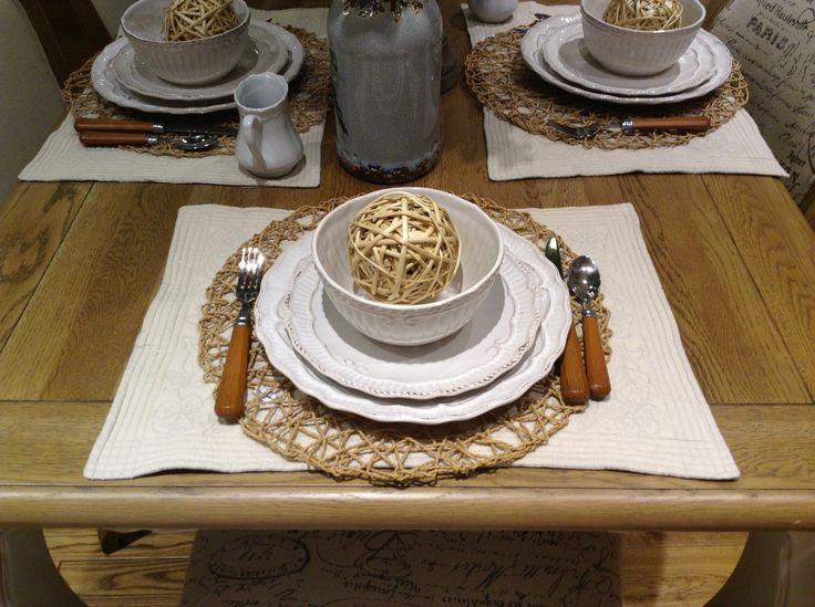 Lovely earthy table setting!