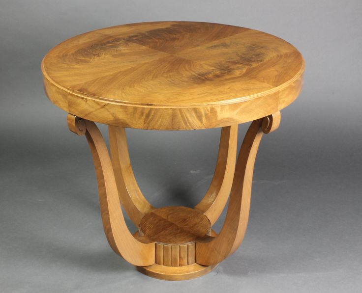 """Lot 912, a circular Art Deco Continental 2 tier occasional table with quarter veneered top, raised on shaped supports 25""""h x 26"""" dia., est £100-150"""