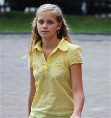 Image Result For Tween Budding Young Girls Pokies
