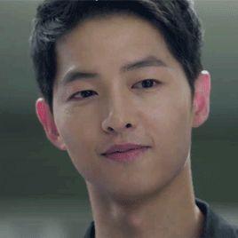 Ep 1 - He likes it that she's impressed  #descendants of the sun #song joong ki