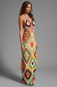 Indah Syra Crochet Maxi Dress en Gold Mix | REVOLVE