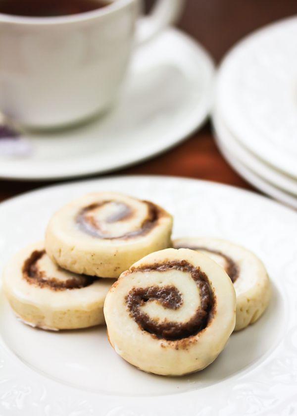 Cinnamon Roll Cookies: Aspicyperspective Com Cookies, Cookies Cinnamonrolls, Cakes Cupcakes Cookies, Cinnamon Rolls, Recipes Cookie, Cinnamon Cookies, Spicy Perspective, Cinnamon Roll Cookies, Spice Cookie Recipe Jpg