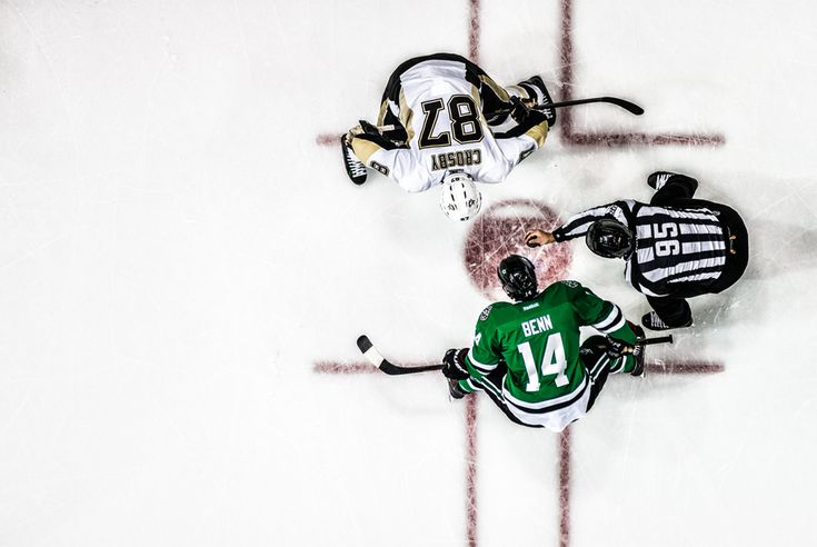 Jamie Benn faces off with Team Canada captain, Sidney Crosby, at the American Airlines Center in Dallas, TX.