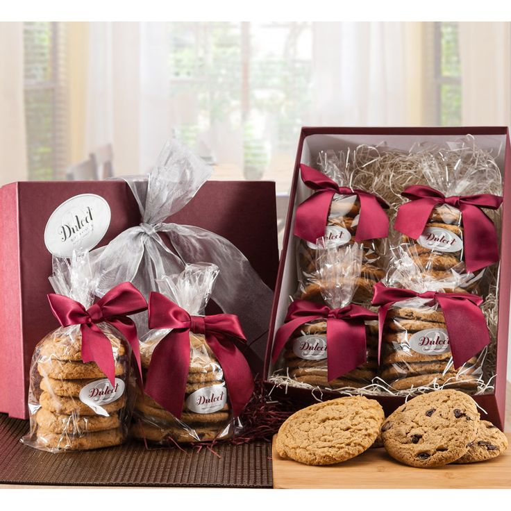 Baked from scratch, this delicious cookie basket set is the perfect way to let…