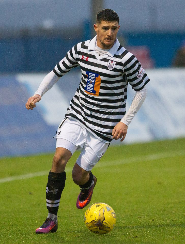 Queen's Park's Paul Woods in action during the Ladbrokes League One game between Peterhead and Queen's Park