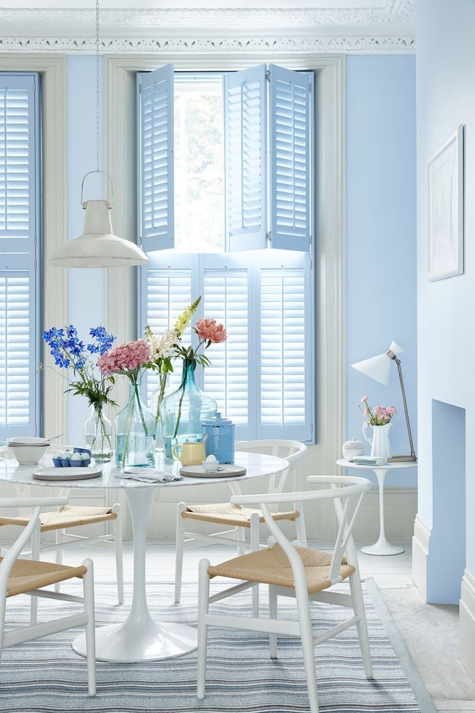 There is sometimes a conflicting need for privacy and light, but these demands are easily met with tier-on-tier shutters. which have separate upper and lower panels. Light can be controlled further by tilting the slats so that each panel can be adjusted separately. Find more inspiration at housebeautiful.co.uk (like this from The Shutter Store seen here http://fave.co/2aIZIwp)