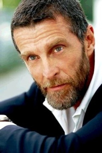 John Glover  Born: John Soursby Glover, Jr.  7 August 1944 (age 68)  Kingston, New York,  United States Nationality: American Alma mater: Towson University Occupation: Actor Years active: 1972–present http://en.wikipedia.org/wiki/John_Glover_(actor)