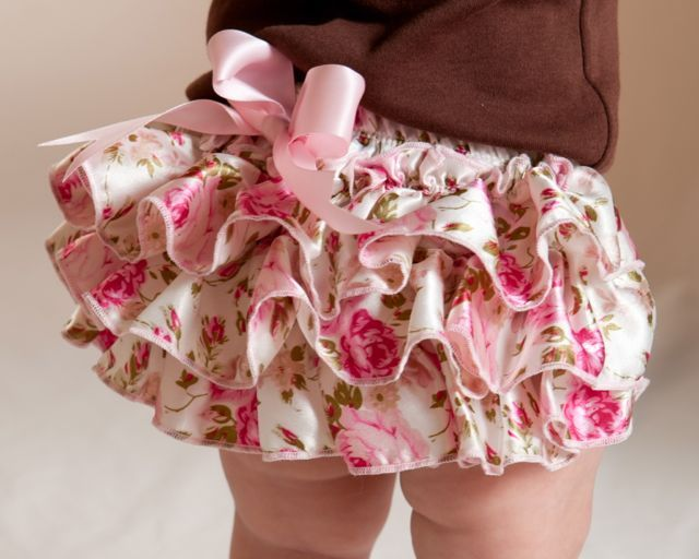 Flowers Bloomer-Baby Ruffle Bloomer, Baby Diaper cover , Flower Bloomers, Pretty baby pictures,