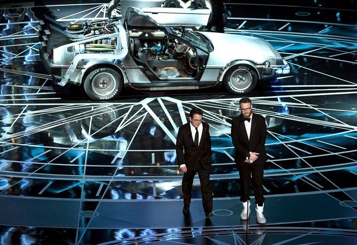 マイケル・J・フォックス とセス・ローゲン #デロリアン #Nike #2017年アカデミー賞