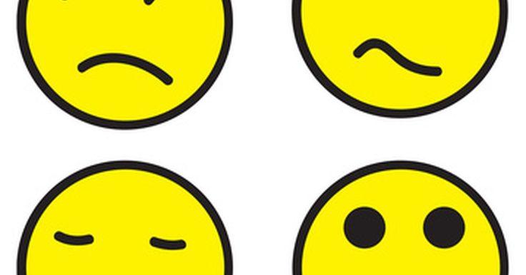 Como adicionar emoticons. Como adicionar códigos Smiley. Os códigos Smiley ou emoticons são combinações de sinais de pontuação em um e-mail digitado ou mensagens instantâneas, que representam certas emoções ou respostas. Mensagens de e-mail e mensagens instantâneas podem ser formas impessoais de comunicação e os códigos smiley permitem que o indivíduo para adicione afeto e ...