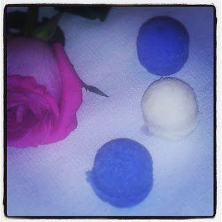 Cosmetice naturale Homemade&Handmade: Bile efervescente de baie homemade cu sare de Hima... www.nicollecosmetics.com