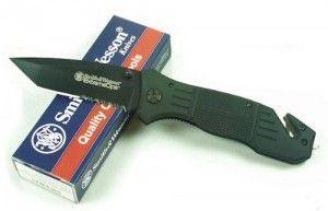 Buy the best pocket knife via http://www.knivest.com/pocket-knives/