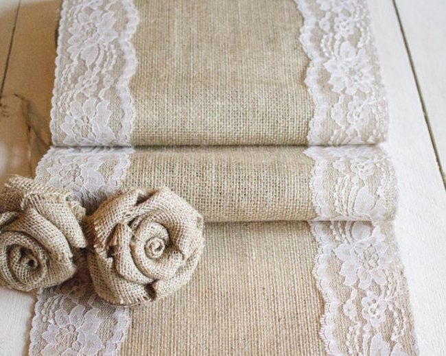 Table runner with lace and flowers