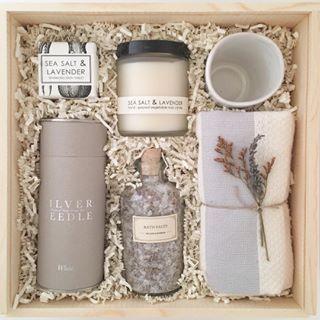 Kuratierte benutzerdefinierte Geschenkbox. Lavendel-Geschenkbox für Mama. Kundengeschenk. – Geschenke für Frauen und Männer