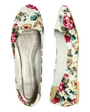 antique print flower flatShoes, Fashion, Skimmer Flats, Clothing, Floral Skimmer, Ballet Flats, Jersey Floral, Floral Flats, Wet Seals