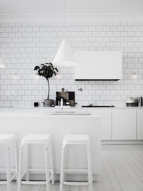 cherry blossom blog: a peek inside an interior stylists home // Kitchen
