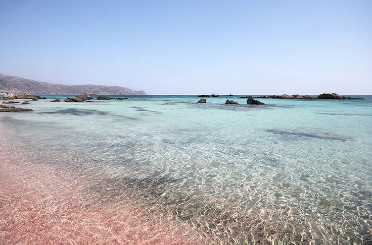 Travelettes | Wish you were here 5 must-see places in Greece | http://www.travelettes.net