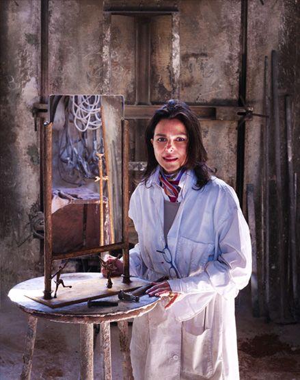 "Simone Ricart &  ""Poggio Reale"" mirror, 2008, Italy #erastudio #erastudioapartmentgallery #designgallery #mirror #apartmentgallery #gallery#simonericart #italiandesign #bronze #goldenfinishing #design #interiorstyling #interiors #shearlin #artdesign #art #arte #artcollector #collectibledesign #artadvisor #artdealer #breradesigndistrict #milan #italy"