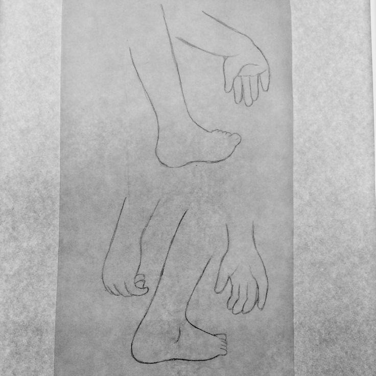 まりの新しいスケッチは全身を描こうと、ああでもないこうでもないと色んなポーズを試しています。  手と足だけでも、まりと分かるように可愛らしく描くのが目標です。  new Mari's hands and feet sketch  #スケッチ #sketch #イラスト #illustration #鉛筆画 #pencildrawing #pencil #モノクロ #monochrome #ドローイング #drawing #draw #doodle #アート #art #instagood #mari #girl #hands #feet #handdrawing #footdrawing #2017年制作