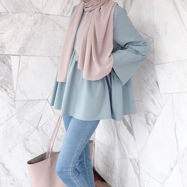 "Minimal Is Chic (@lilfaraaaah) on Instagram: ""Beautiful top from @coudre.kl So prettaaaay! Love it #giftforlilfarah"""