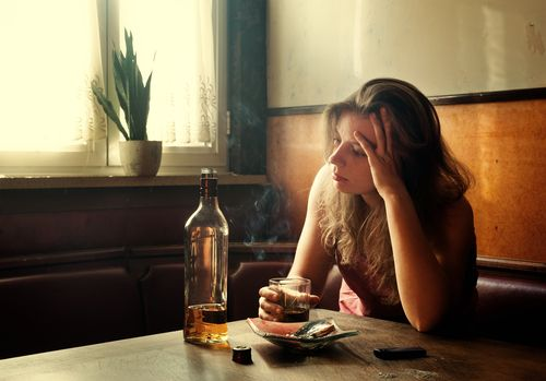 Common Issues Treated at Alcohol Treatment Centers