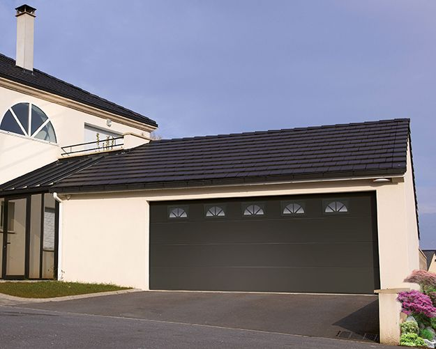 25 best ideas about porte de garage sectionnelle on. Black Bedroom Furniture Sets. Home Design Ideas