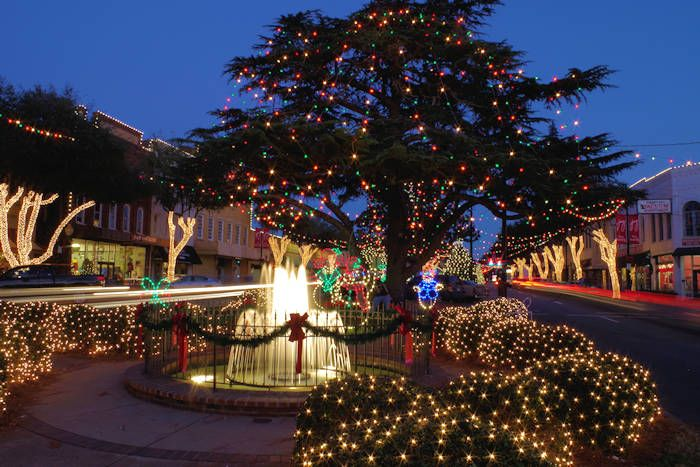 Top 10 Christmas Towns in the NC mountains near Asheville