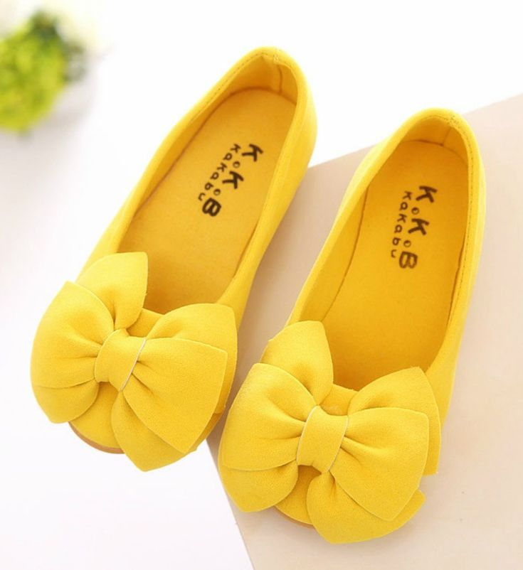 Toddler & Little Girl Shoes-Yellow Casual Comfortable Toddler & Little Girl Flower Girl Shoes This very soft shoes made of nubuck leather. It is very resistant to wear. Perfect for weddings, birthday, communion, baptism, christmas or baby shower gift Fit from 2-10 years Please choose your little girl size by sole length