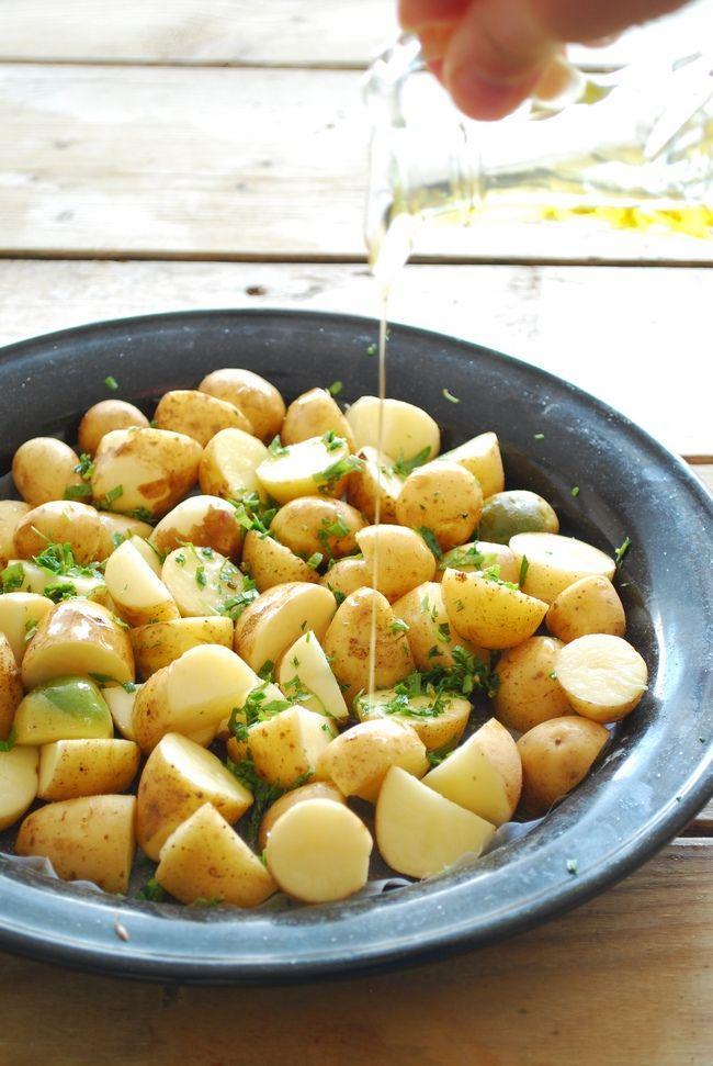 fırında taze baharatlı patates