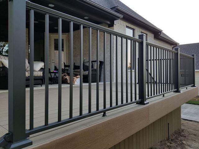 Prestige Aluminum Level Rail Kit Balkon