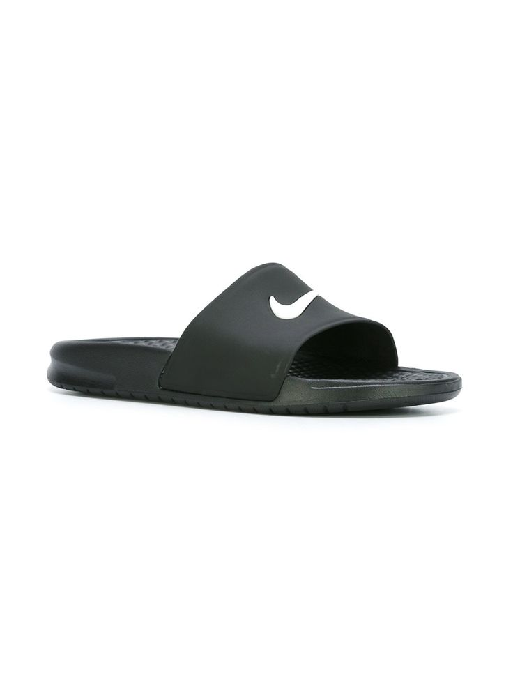 NIKE  'Benassi' sliders 25,69 €