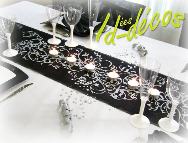 21 best images about f tes la maison d coration d 39 int rieur pour un anniversaire on - Chemin de table noir et blanc ...