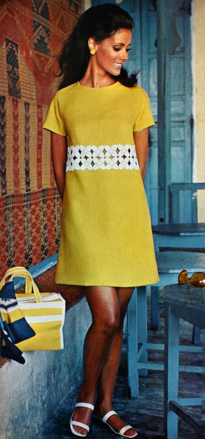 Magdorable!: A short, simple yellow linen dress, Vogue Pattern Book April/May 1969 (N° 7553)