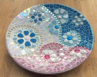 Plato de mosaico de cristal caoba de copo de nieve por mimosaico