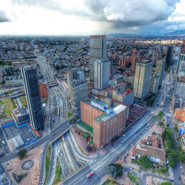 Santa Fe de Bogota (: