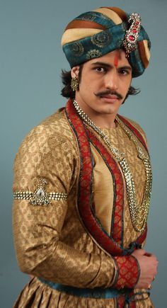 Rajat Tokas Height, Weight, Biceps Size and Body Measurement