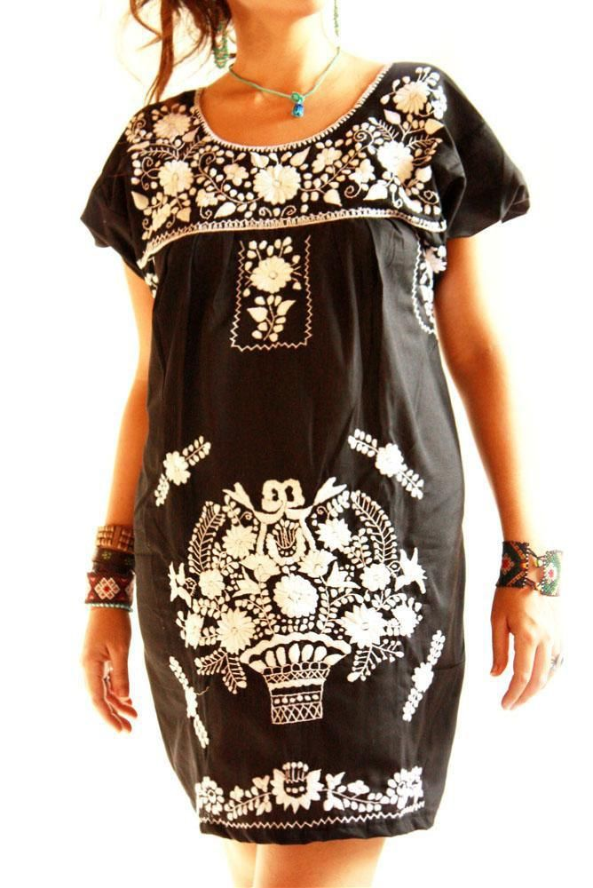 Obsidiana embroidered Mexican dress // Aida Coronado