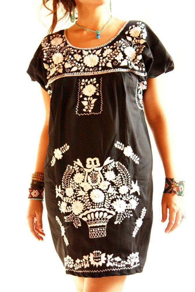 Obsidiana embroidered Mexican dress // Aida Coronado