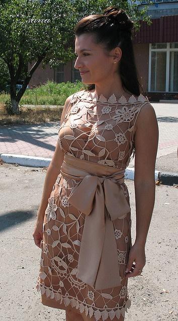 Irish crochet. Irská krajka. Модели в технике ирландского кружева. Beige color. Бежового цвета. Цвет бежовый. Colors of beige. Handmade. Dress.