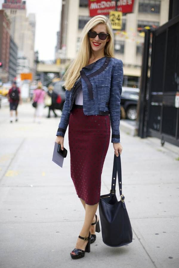 Outfit, Burgundy pencil skirt, tweed jacket: Street Fashion, Polka Dots, Joanna Hillman, Tweed Jackets, Skirts Outfits, Street Style, Marc Jacobs, Pencil Skirts, New York