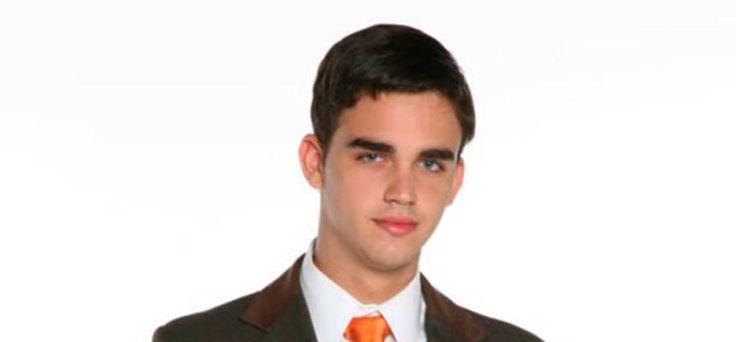 """Tribunal militar ordenó capturar al hermano del """"Coco"""" Sosa -  El Tribunal Militar 1° de Control, con sede en Caracas,ordenó la aprehensión de Luis Fernando Sosa Morales, presuntamente implicado en la sustracción de efectos pertenecientes a la Fuerza Armada Nacional Bolivariana (Fanb), en grado de cooperador, según se lee en el expediente CJPM-... - https://notiespartano.com/2018/01/09/tribunal-militar-ordeno-capturar-al-hermano-del-coco-sosa/"""