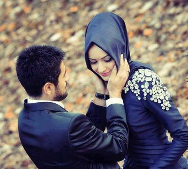 Lovely Couples Images With Quotes: 40 Cute And Romantic Muslim Couples