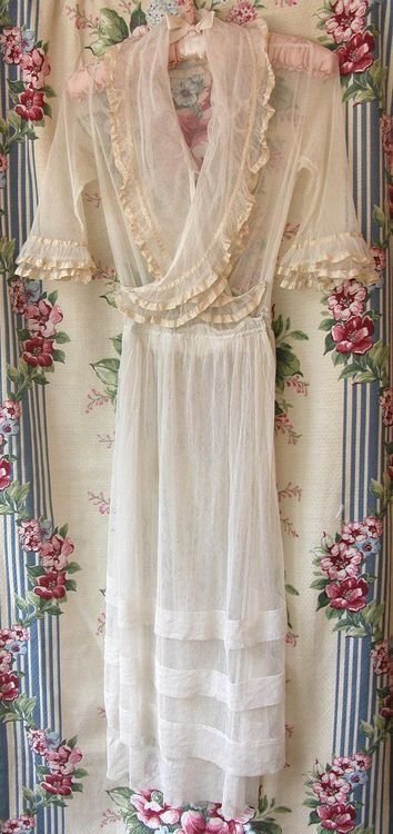 I have a dress very much like this that was my grandma's.