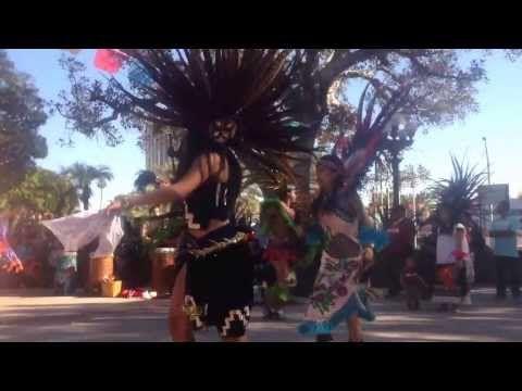 """DANZA AZTECA"" PLACITA OLVERA CENTRO DE LOS ANGELES CALIFORNIA. - YouTube"