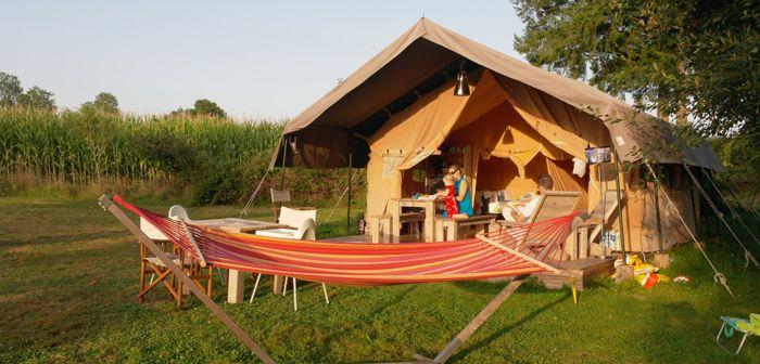 Ga jij ook graag op kleine campings op vakantie?Rust, ruimte en plek voor eigen fantasieën van je kind in plaats van herrie en een overload aan activiteiten