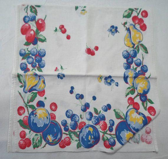 Retro Kitchen Towel With Pattern Of Assorted Fruit