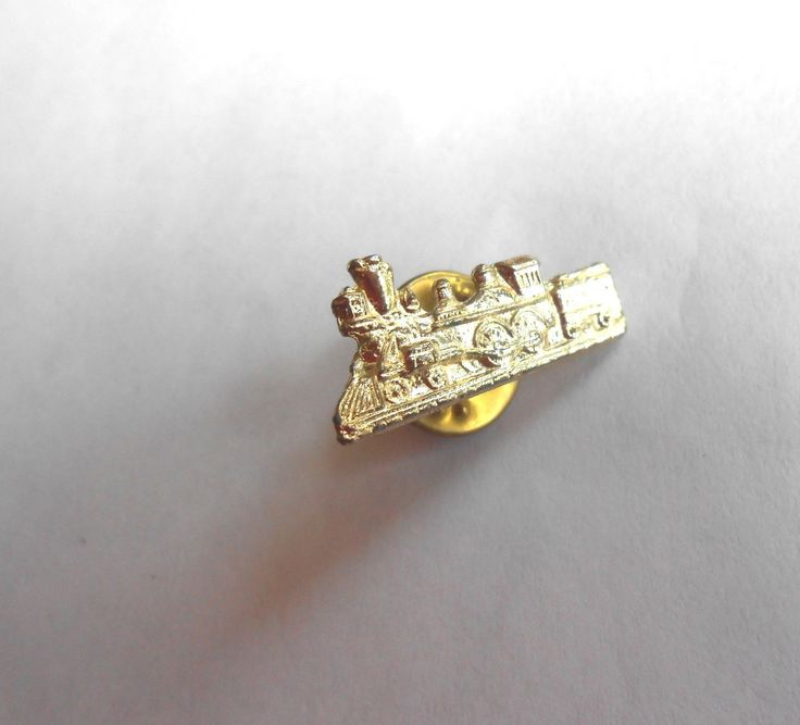 cool vintage steam engine hat or lapel pin pinback