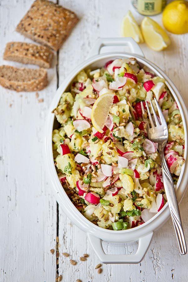 Jarní salát sbramborami aředkvičkou