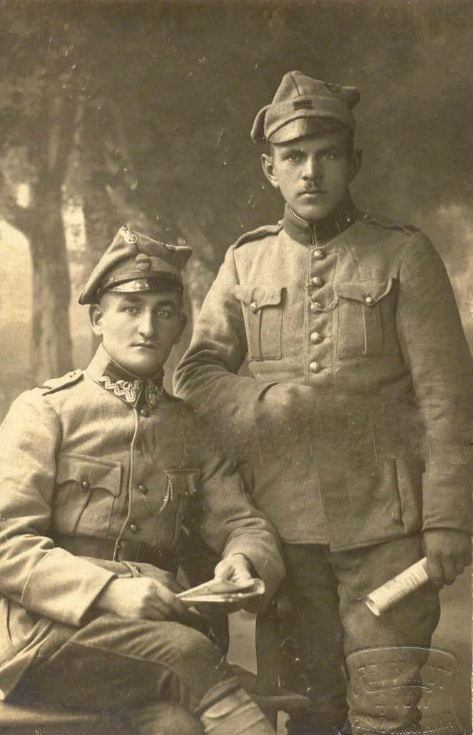 http://www.warrelics.eu/forum/polish-armed-forces-second-republic-si-y-zbrojne-ii-rzeczypospolitej-polskiej-1918-1939/polish-legions-wwi-13513/